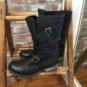 Steve Madden leather Banddit boots